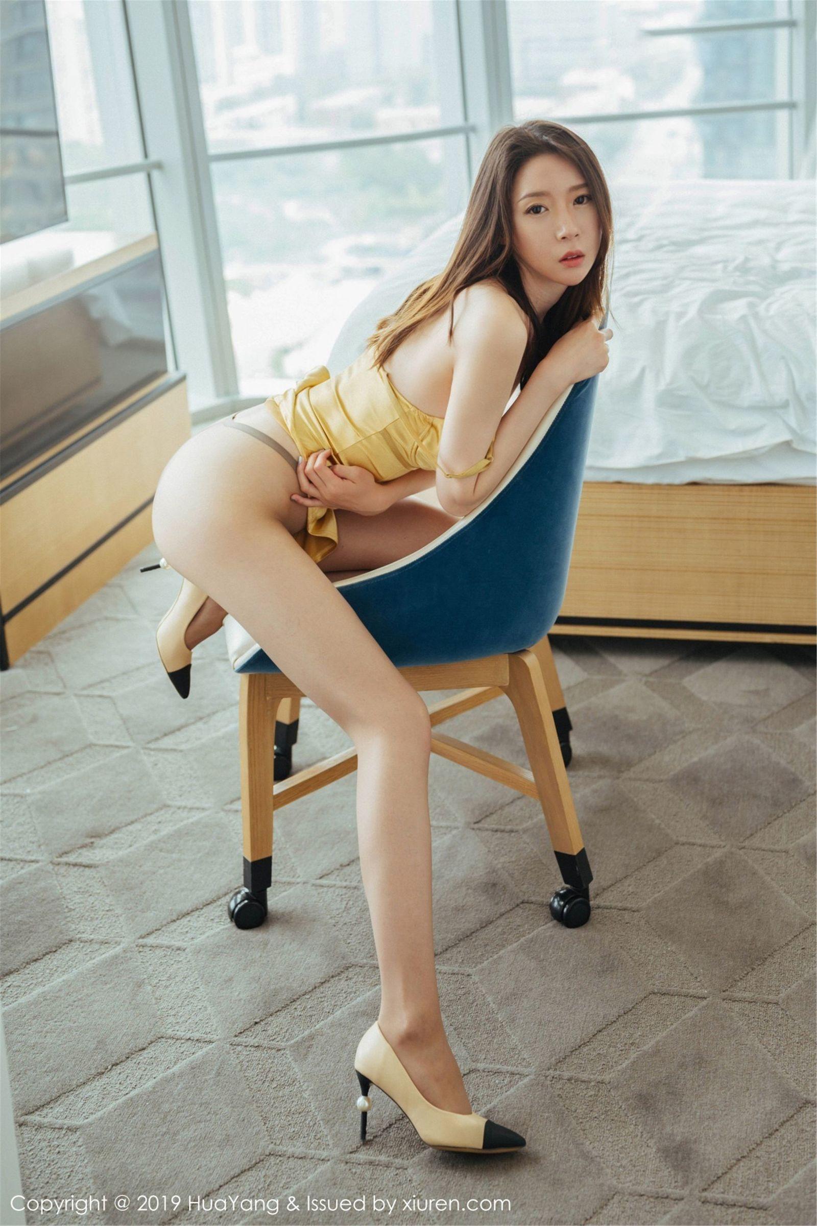 模特@梦心月第二套性感丝袜美腿写真