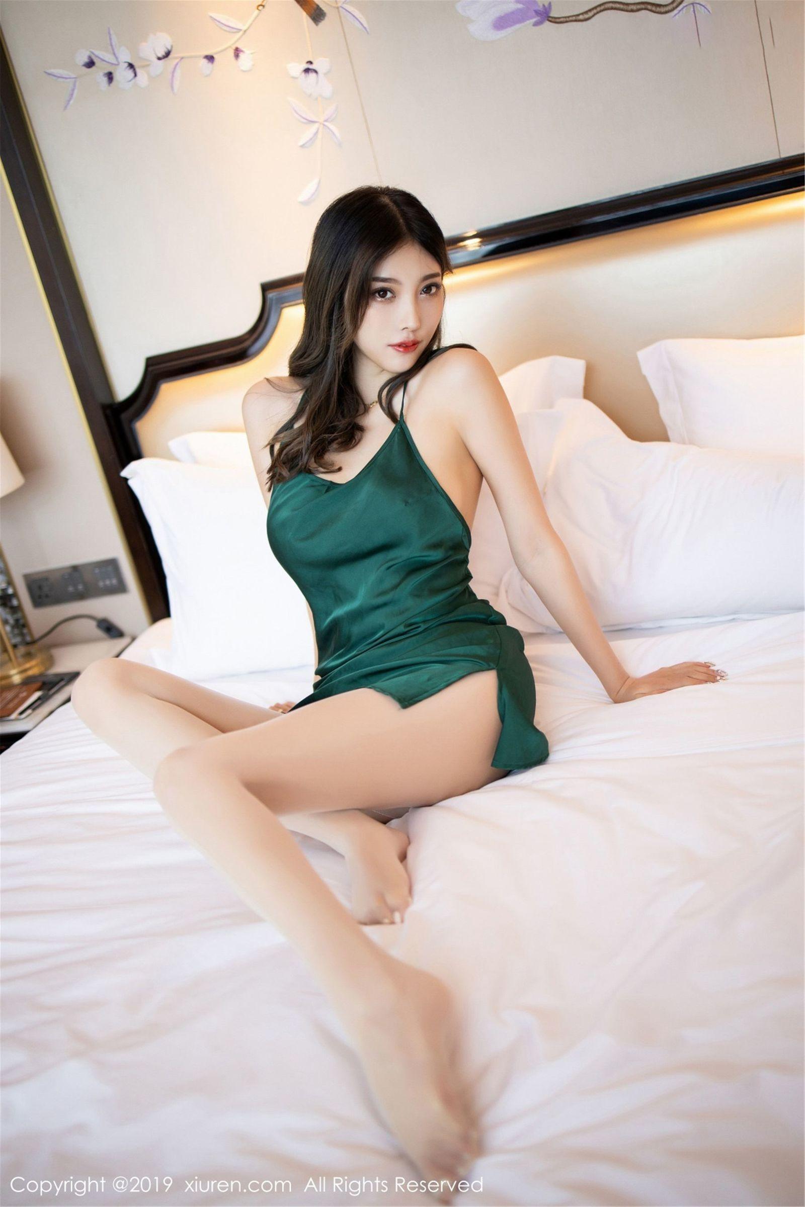性感女神@杨晨晨sugar丝袜美腿写真