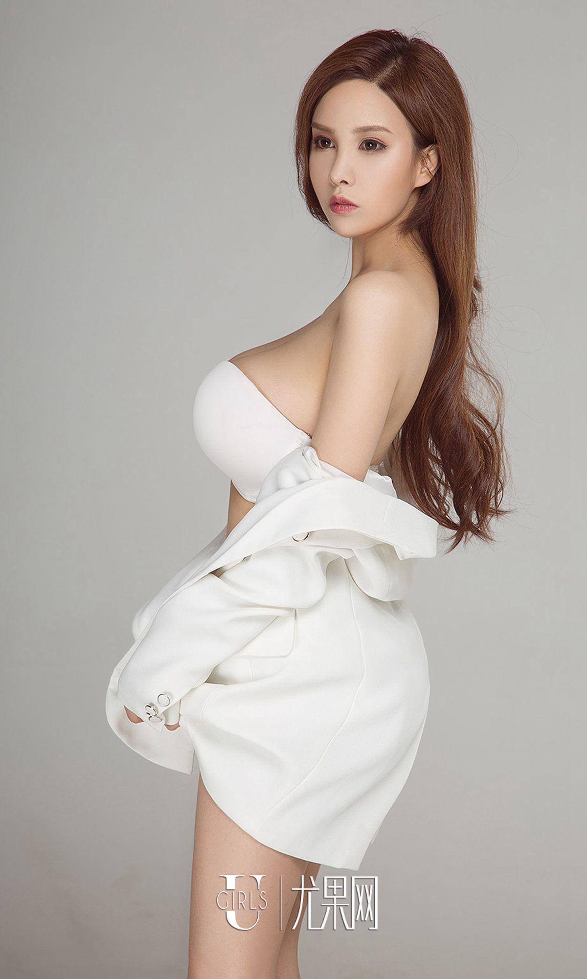 胡润曦&韩安琪&金露&静一 - 释放诱惑