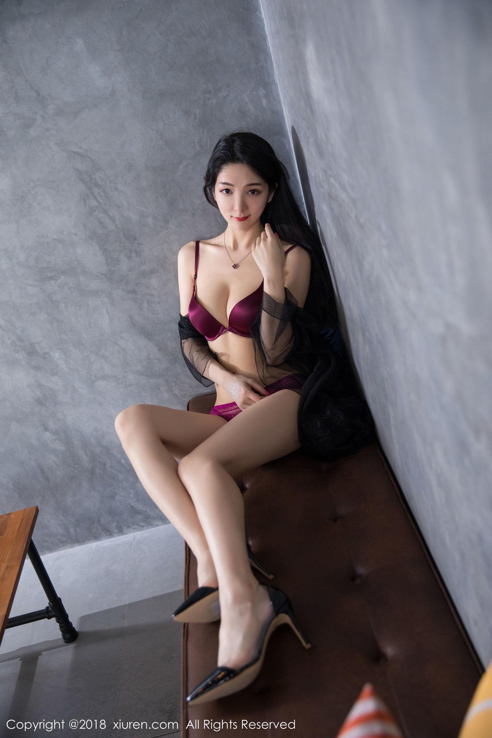 女神小热巴普吉岛旅拍写真