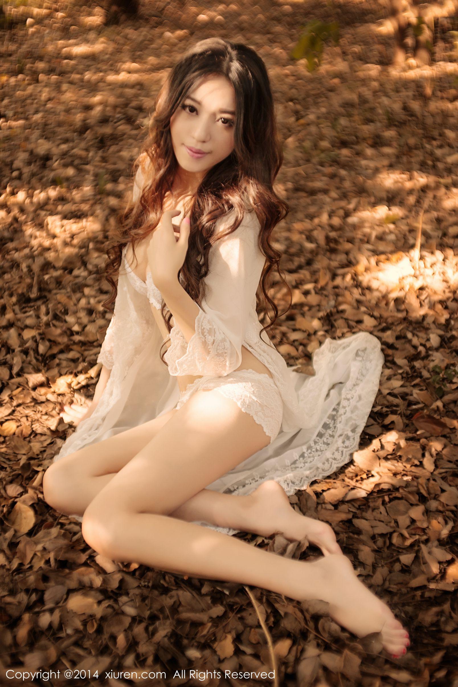 美女Cassie-唯美大胆摄影写真