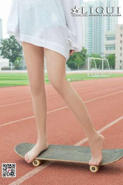 Model 筱筱 美腿丝足套图3