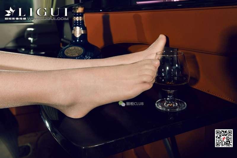 Model 足模Vicky - 美腿丝足写真欣赏