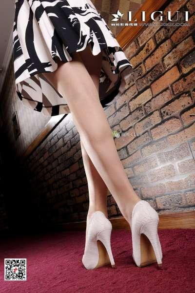 腿模文静 丝足美脚写真