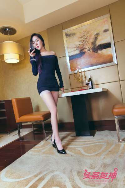 米雪@金子 - 夜店姐妹花 写真套图