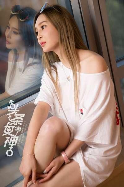 申美嫣 - 极品美人