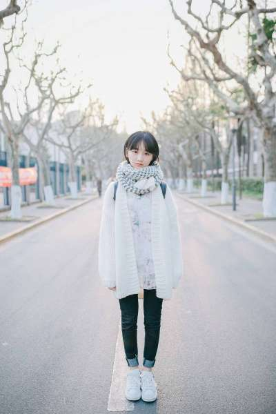 短发美少女初冬写真